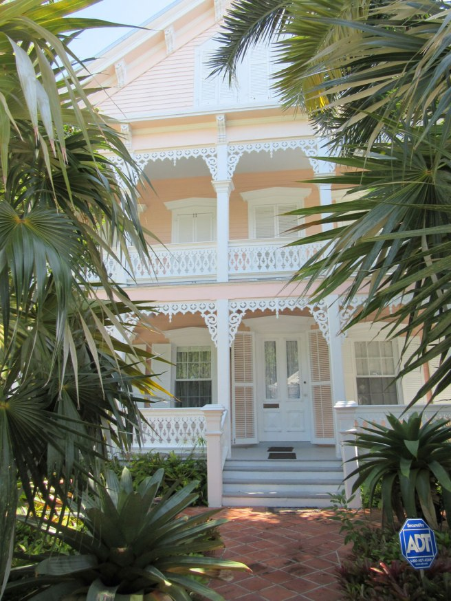 beautiful_pink_key_west_house